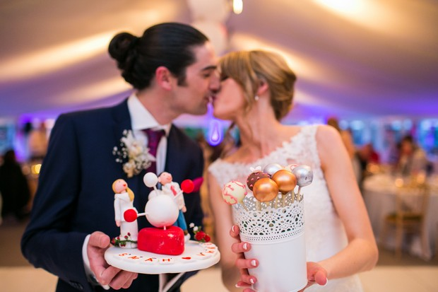 wedding-cake-dessert-table-cake-pops (4)