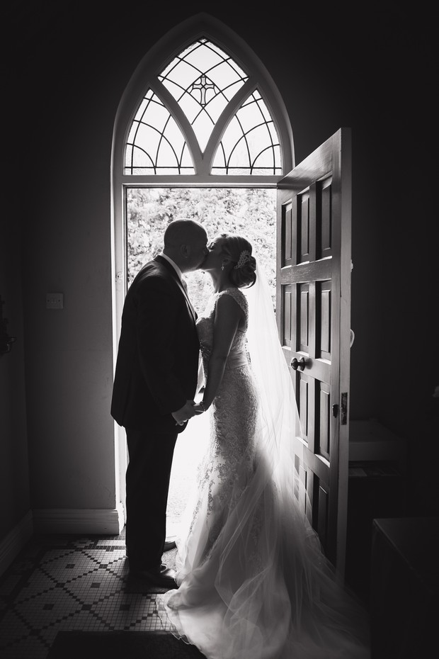11-Conyngham_Arms_Wedding_Emma_Russel_Photography_Ireland (15)