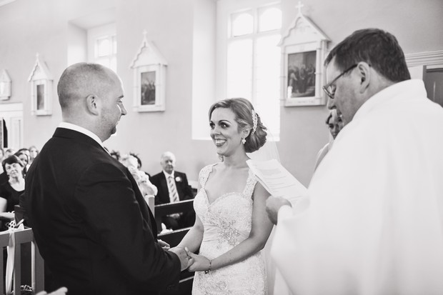 11-Conyngham_Arms_Wedding_Emma_Russel_Photography_Ireland (16)