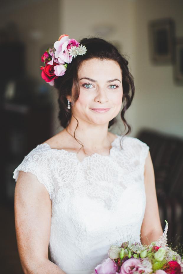 19-beautiful_spring_bride_fresh_flowers_hair_crown (2)