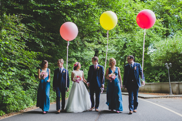 28-Wedding-Party-with-Colourful-Oversized-Balloons (3)