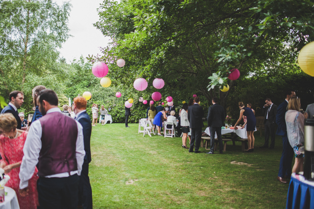 33-Garden-Wedding-Decor-Ideas-Colourful-Paper-Lanterns (2)