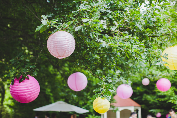 33-Garden-Wedding-Decor-Ideas-Colourful-Paper-Lanterns
