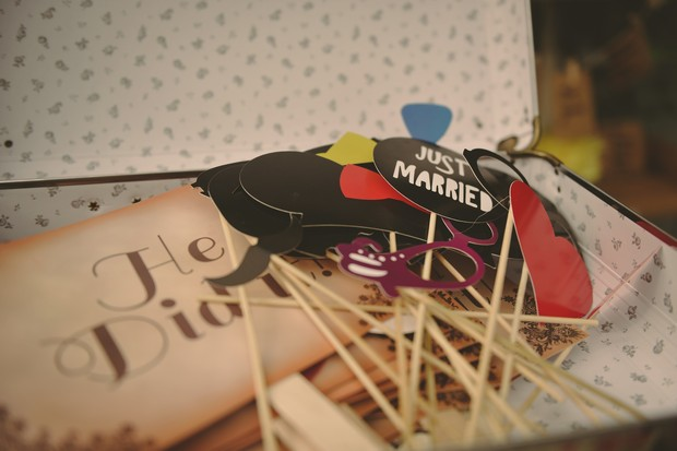 37-fun-wedding-ideas-photo-booth-props