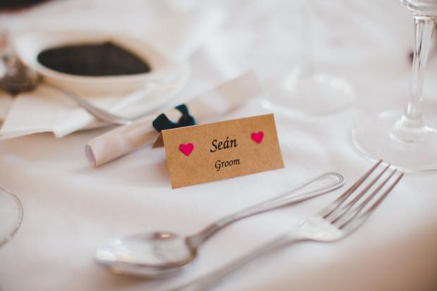 37_Simple_Kraft_Name_Cards_Wedding