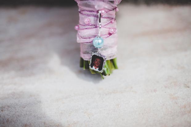 6-photo-locket-memorial-wedding-bouquet