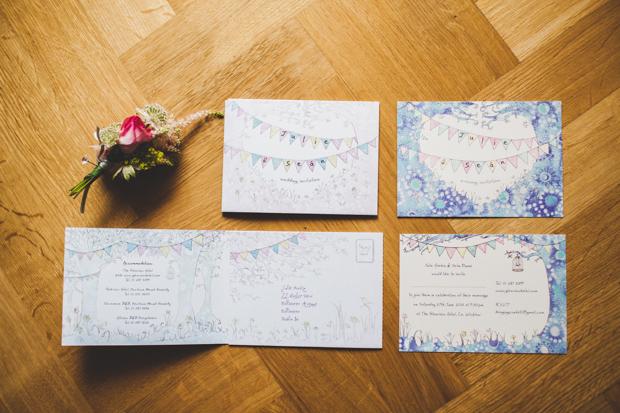 8-fun-colourful-wedding-invites-bunting-design