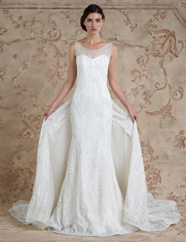 28 Breathtaking Winter Wedding Dresses for 2016 | weddingsonline