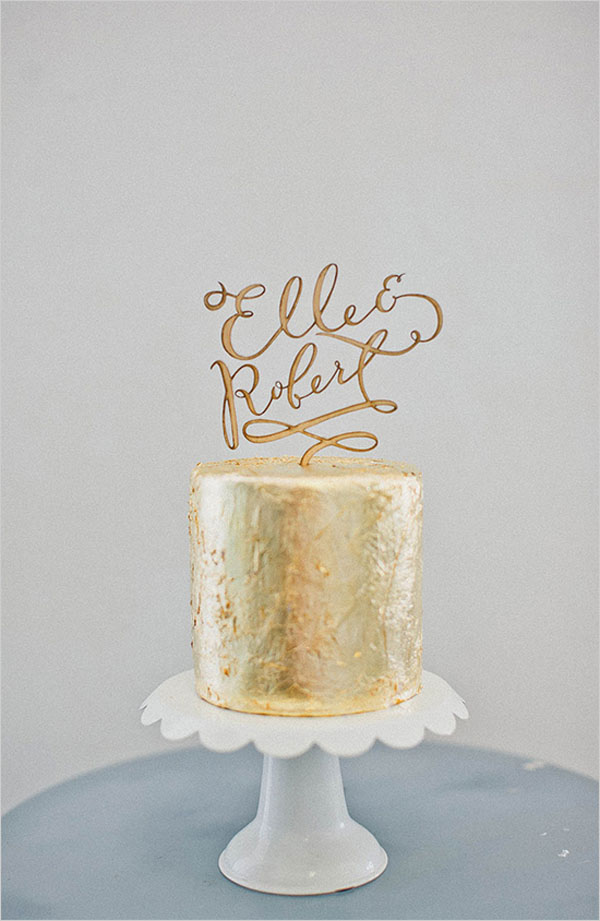 gold-one-tier-wedding-cake