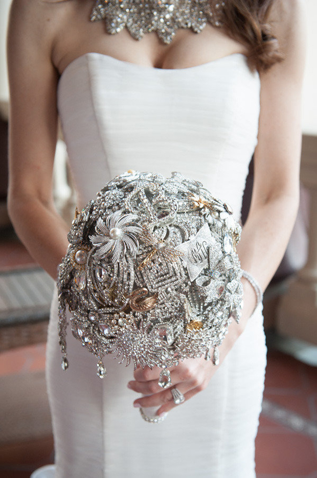 silver-and-gold-brooch-bouquet