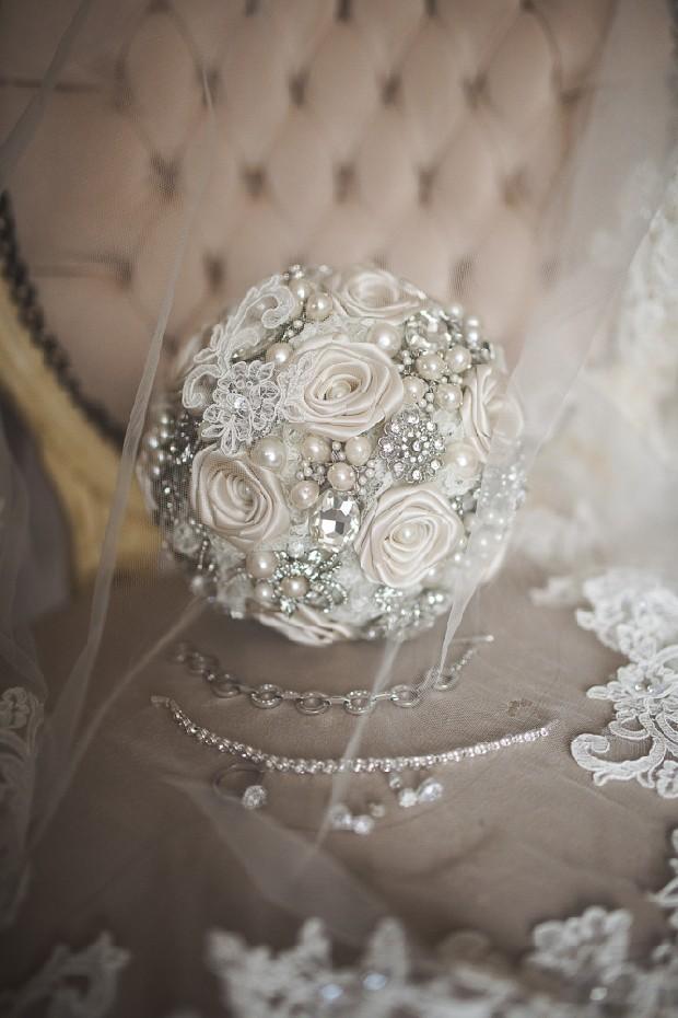 silver-brooch-bouquet-wedding-bling