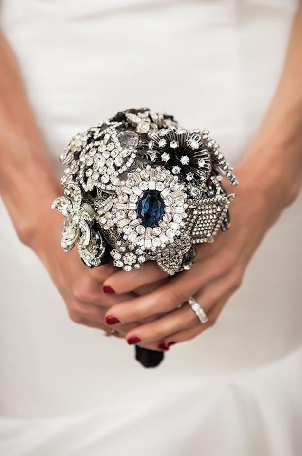 silver-navy-brooch-bouquet