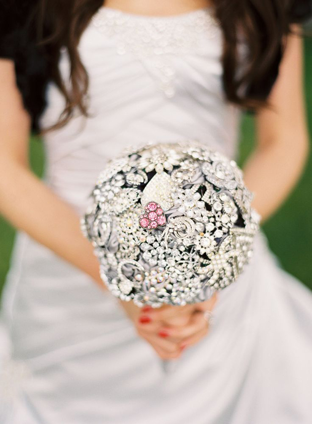 something-old-bridal-brooch-bouquet-silver-with-pop-of-pink-bridal-bouquet