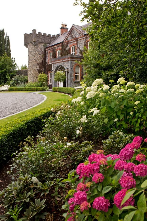12_Ballymagarvey_Wedding_Venue_Ireland_David_Maury
