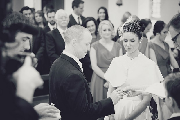15_Bride_Groom_Exchanging_Rings_Wedding_Ceremony