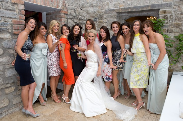 17_Bride_with_friends