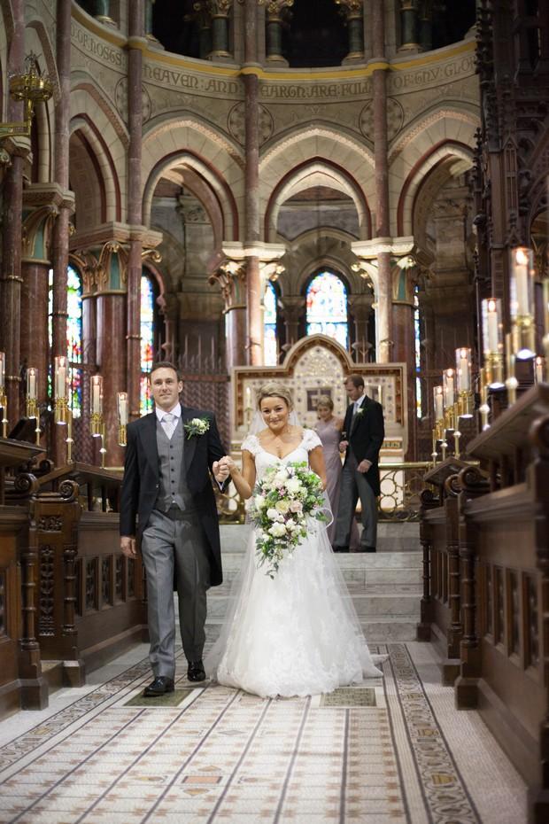 18_Real_Wedding_Cathedral_Ireland_Tara_Donoghue (3)