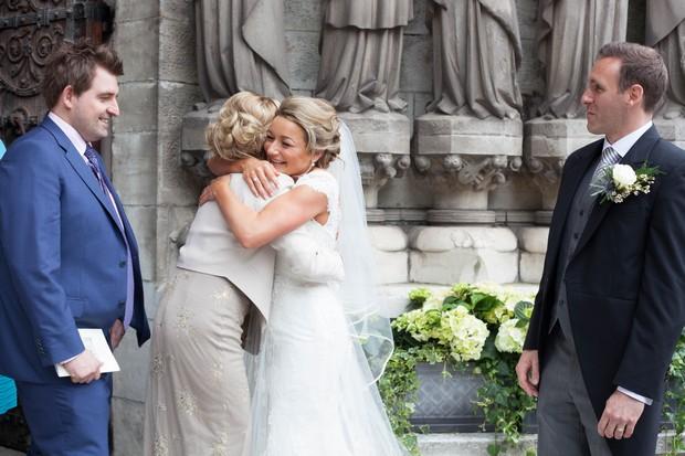 18_Real_Wedding_Cathedral_Ireland_Tara_Donoghue (5)