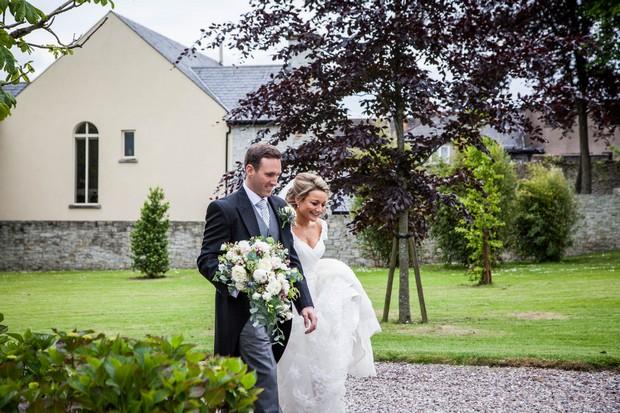 21_Real_Wedding_Fins_Barres_Cathedral_Tara_Donoghue (1)