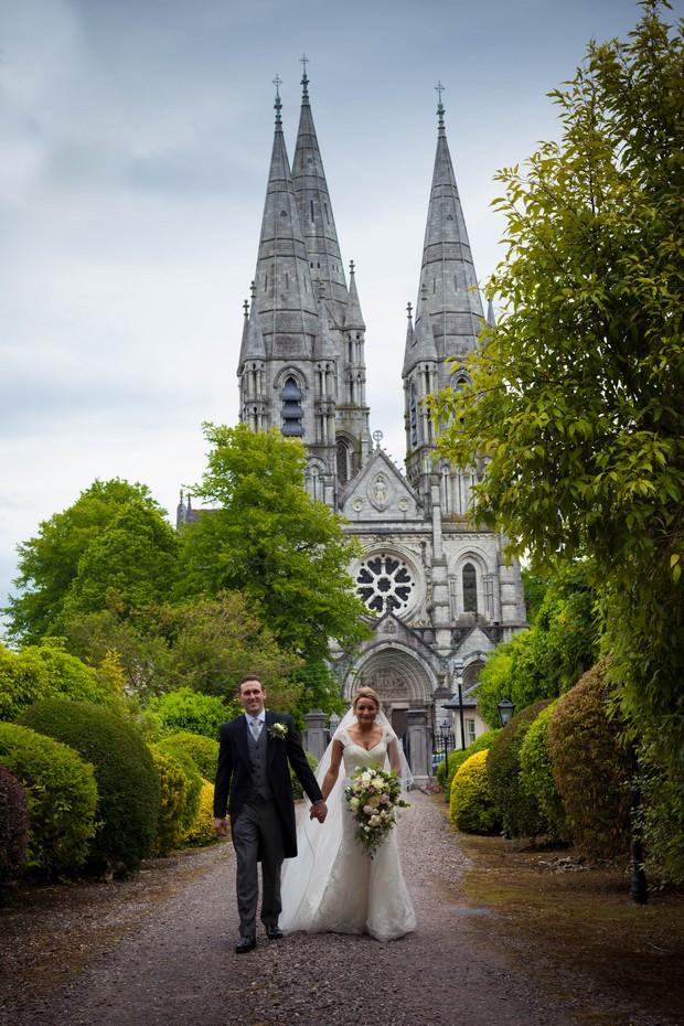 21_Real_Wedding_Fins_Barres_Cathedral_Tara_Donoghue (2)