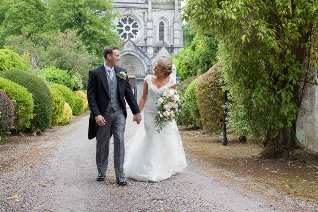 21_Real_Wedding_Fins_Barres_Cathedral_Tara_Donoghue (3)