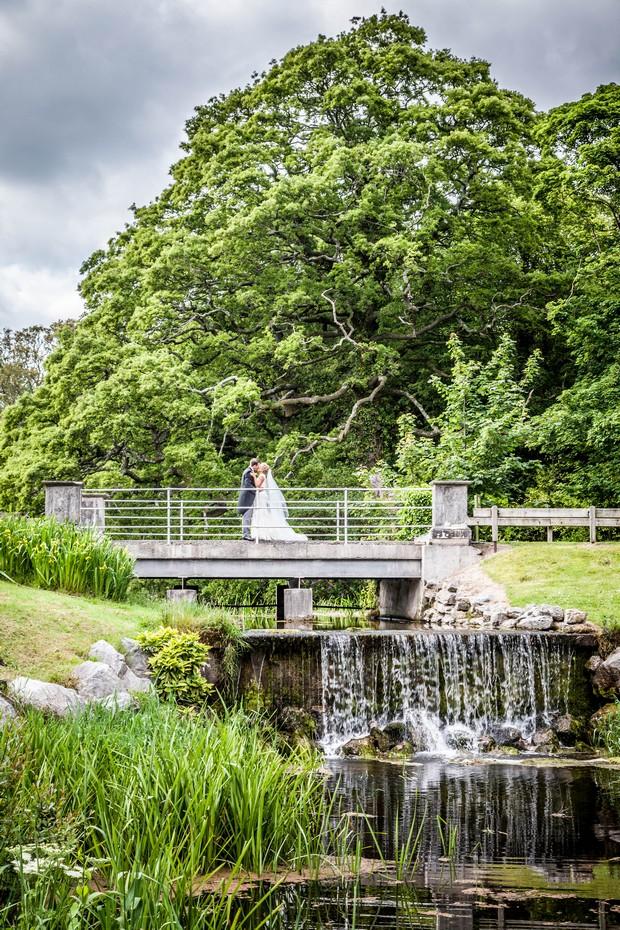 23_Real_Wedding_Castlemartye_Resort_Ireland (9)