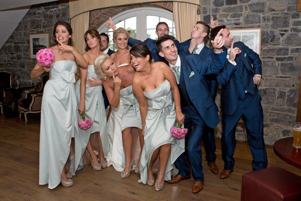 28_Funny_Wedding_Entrance_Bridal_Party