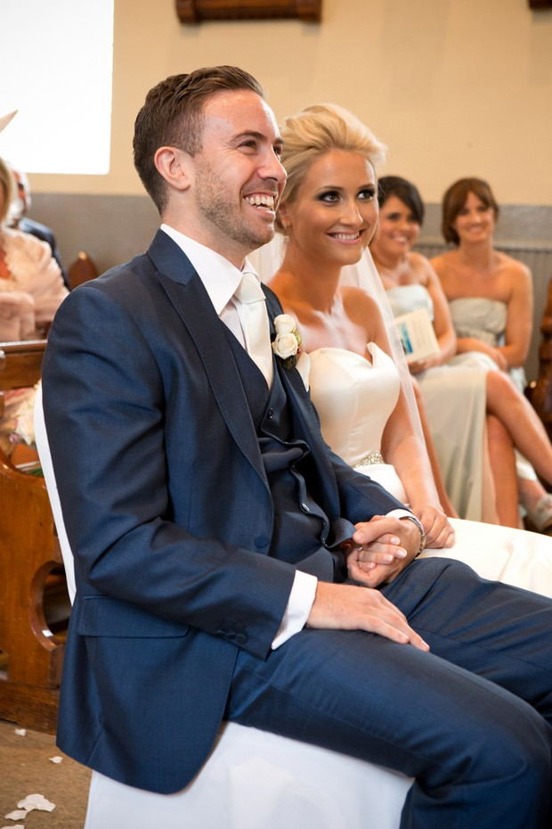 4-traditional-church-wedding-ceremony-ireland (2)