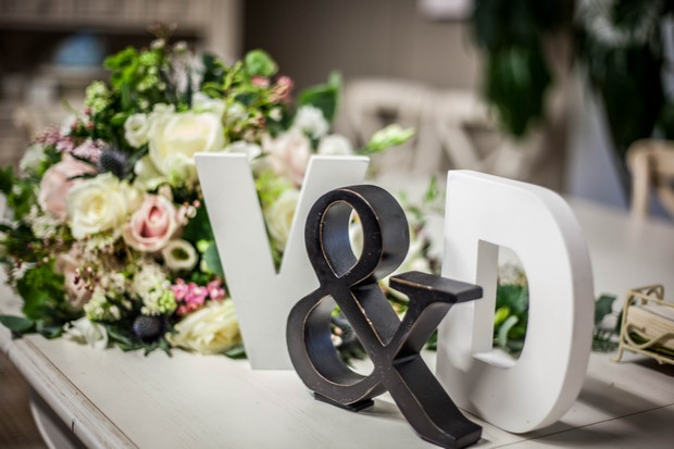 6_Wedding_Decor_Letter_Ornaments_Initials