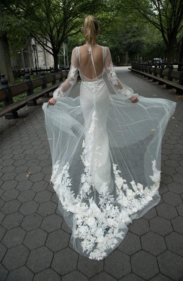 Inbal_Dror_Floal_Embroidered_Sheer_Net_Wedding_Dress_Train_2016