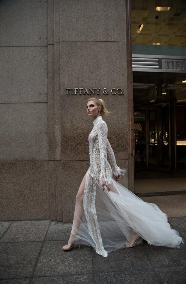 Modern_Long_Sleeve_Lace_High_Neck_Wedding_Dress_Inbal_Dror