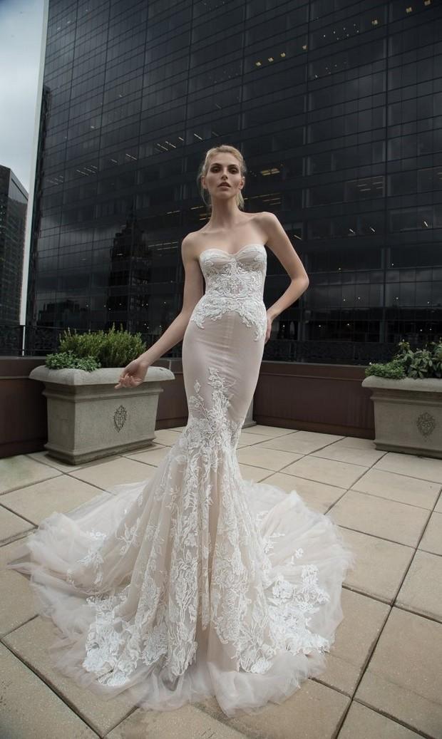 Sheer_Lace_Bodice_Fishtail_Wedding_Dress_Inbal_Dror_2016