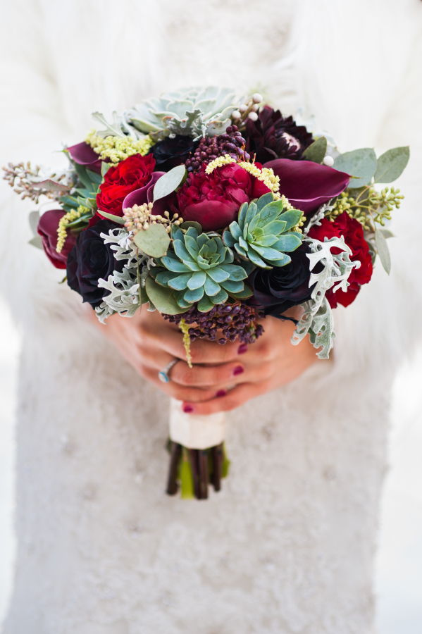 Succulent_Calla_Lily_Winter_Berry_Wedding_Bouquet