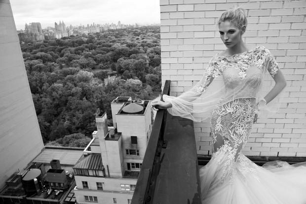 Winter_Wedding_dress_Inbal_Dror_2016_Sheer_Cape_Embroidery