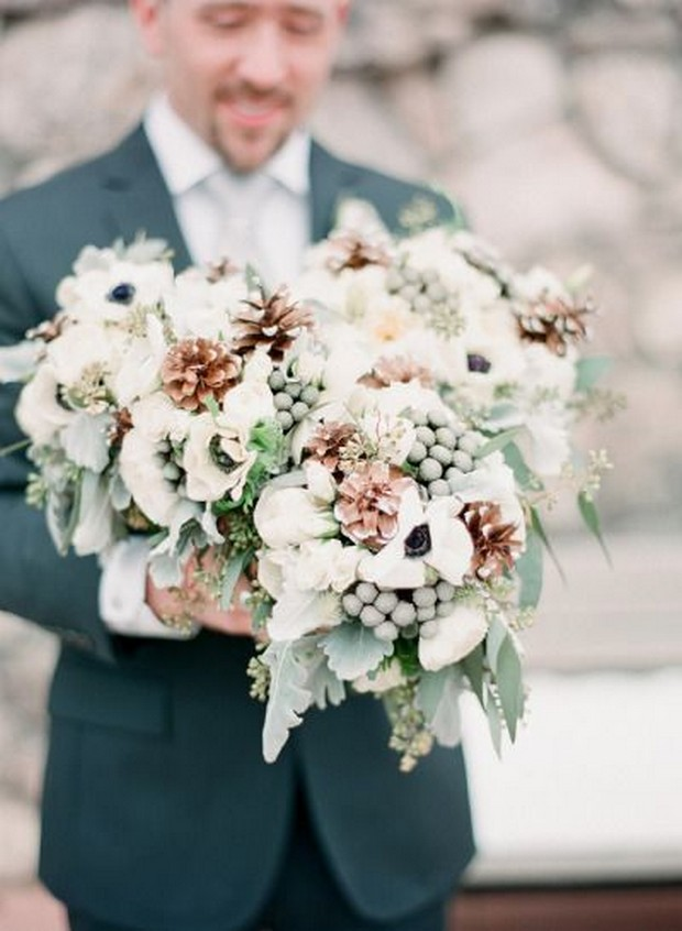 giant-wedding-bouquet-winter