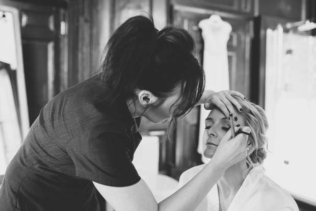 14_bride_having_hair_make_up_done_wedding_morning (2)