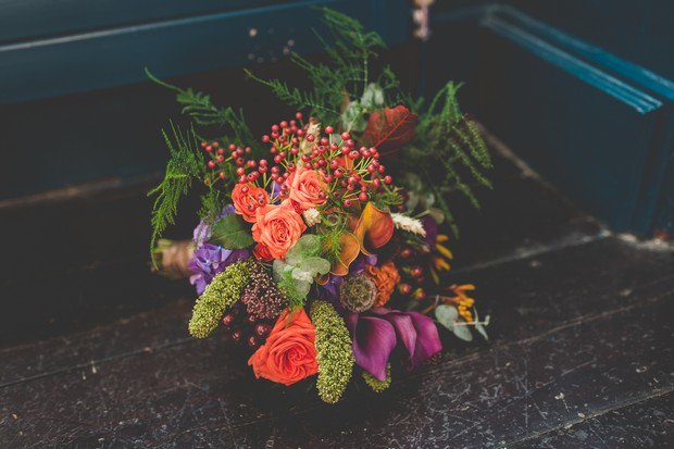 17_autumn_wedding_bouquet_berries_colourful