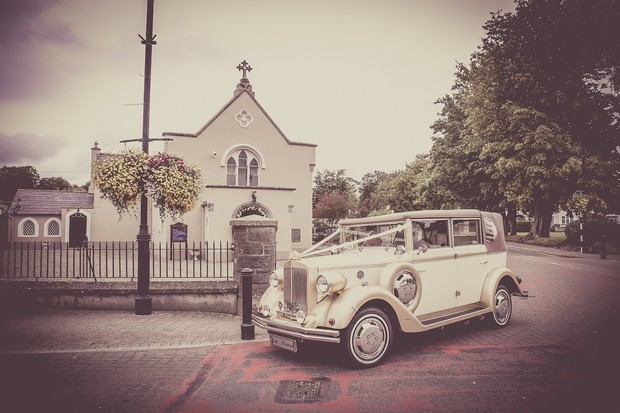 24_vintage_wedding_Car_ireland