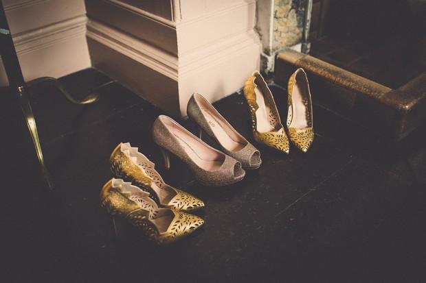 2_Stylish_Rock_Wedding_Shoes_Gold_Laser_cut