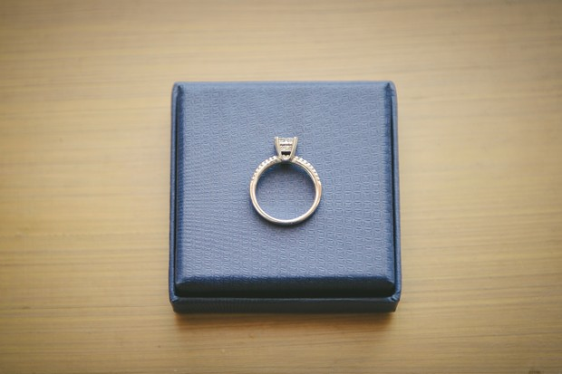 3_classic_engagement_ring_blue_blox