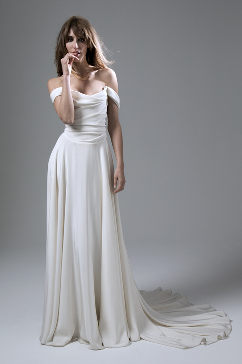 Halfpenny_London_2016_Glamorous_Off_Shoulder_Grecian_Style_Wedding_Dress_Charlotte