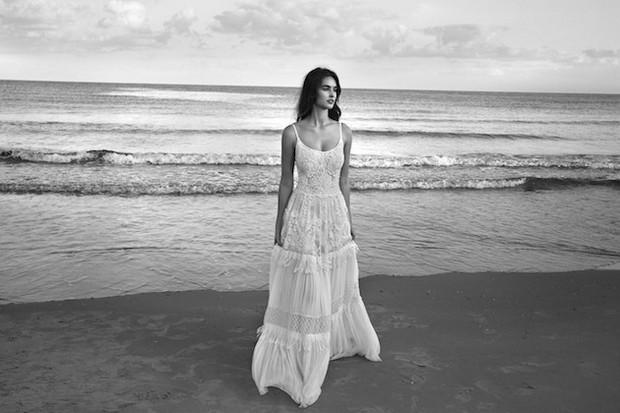 Lihi-Hod-Colección-de-vestidos-de-novia-2016_White_Bohemian_1a