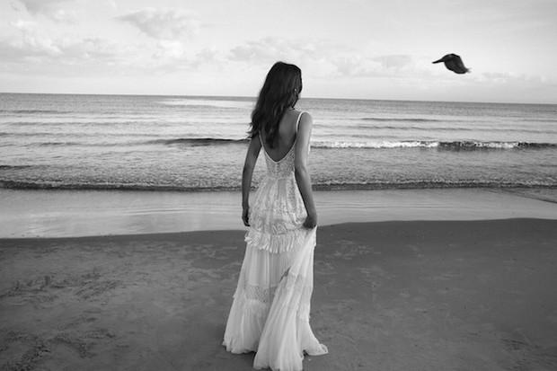 Lihi-Hod-Colección-de-vestidos-de-novia-2016_White_Bohemian_1b