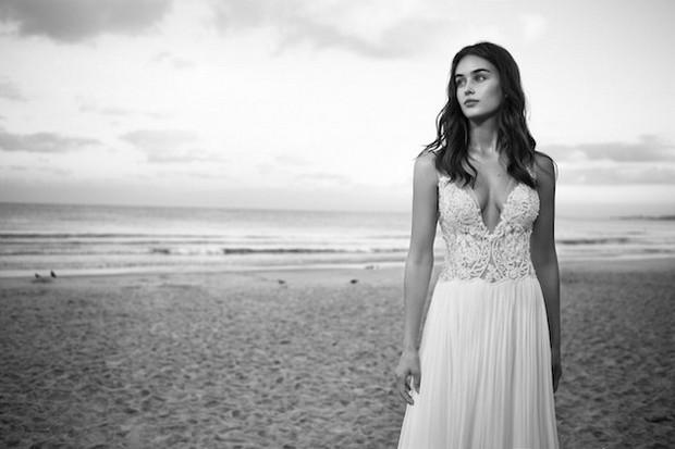 Lihi-Hod-Colección-de-vestidos-de-novia-2016_White_Bohemian_1g