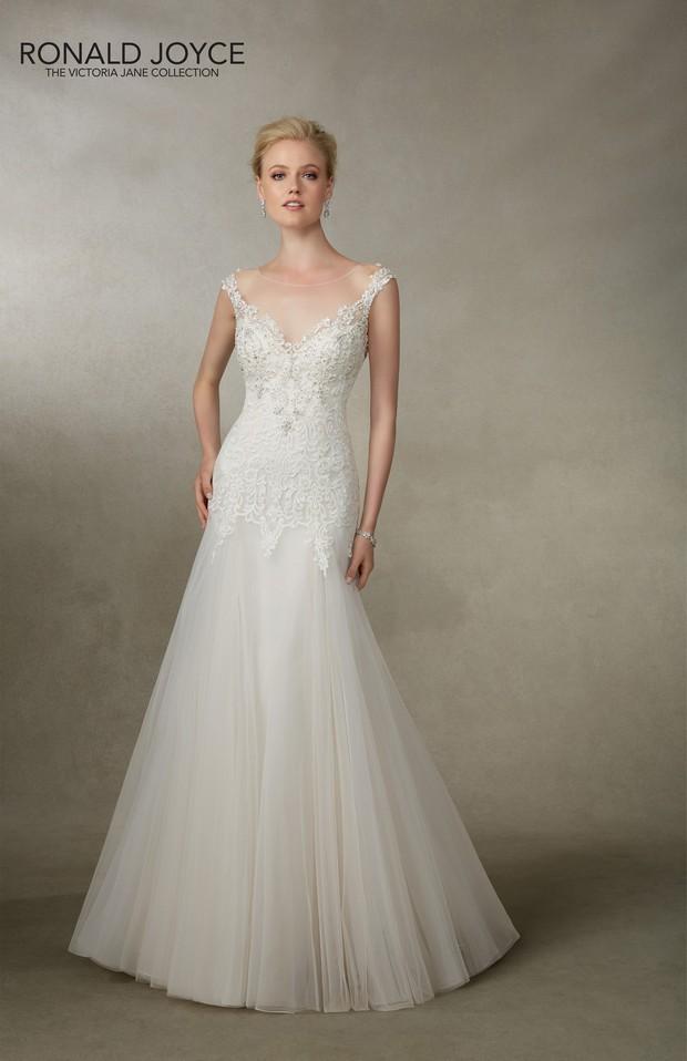 Victoria_Jane_Ronald_Joyce_2016_Wedding_dresses_Jacinta