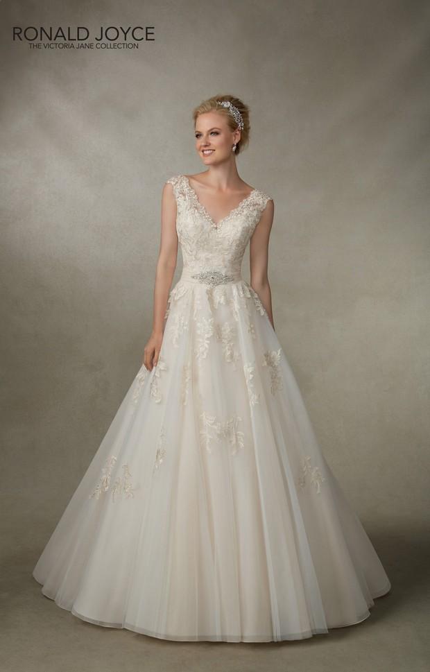 Victoria_Jane_Ronald_Joyce_2016_Wedding_dresses_Jade