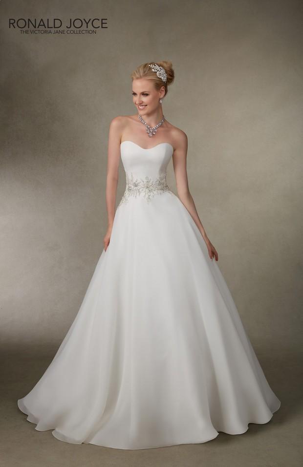 Victoria_Jane_Ronald_Joyce_2016_Wedding_dresses_Jessica