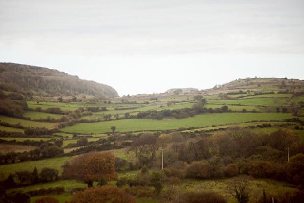 1-County-Sligo-Irish-Countryside-Landscape-Couple-Photography