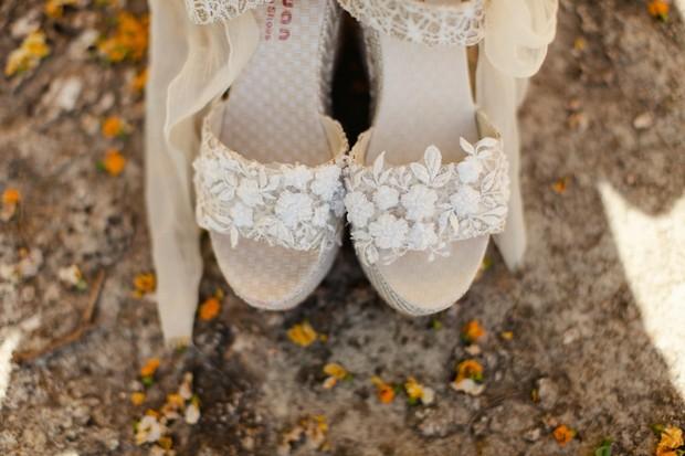 12-beach-wedding-fashion-lace-applique-shoes-Matt+Lena-Photography