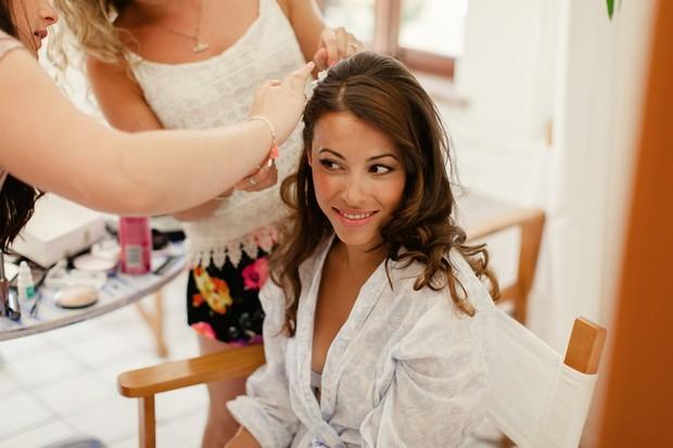 18-pretty-bride-destination-beach-wedding-hair-make-up
